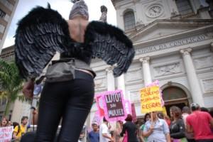 Performance na Marcha das Vadias de Campinas 2011  (foto Cristina Beskow)